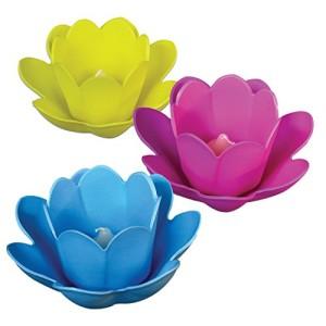 Blumenlicht mit Schwimmkerze